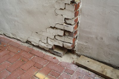 Fairfax Contractor Repairs Many Masonry Projects In