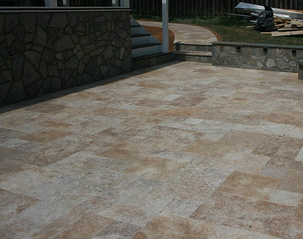 Advantages Of A Travertine Paver Patio