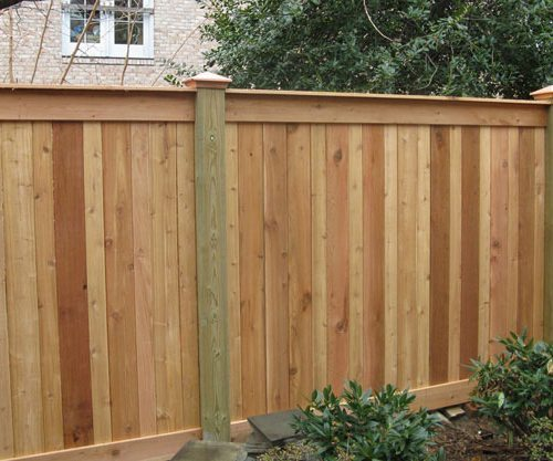ceader-fence-arlington