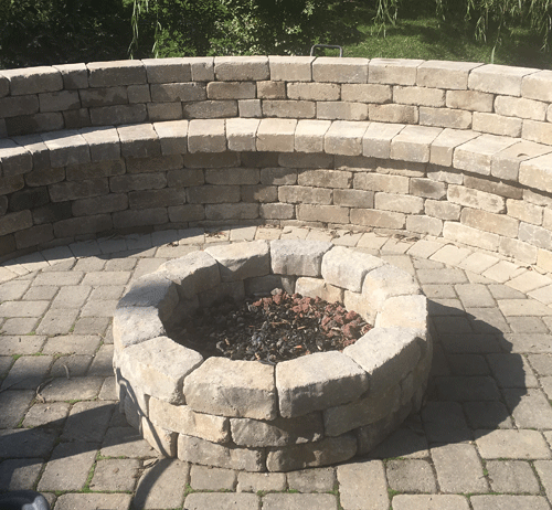 seating-wall-fire-pit
